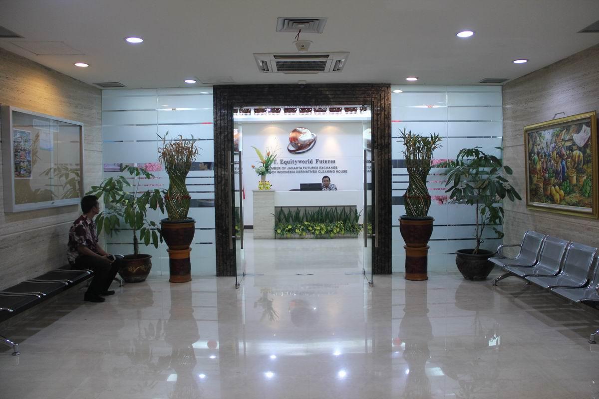 Equityworld Surabaya PT